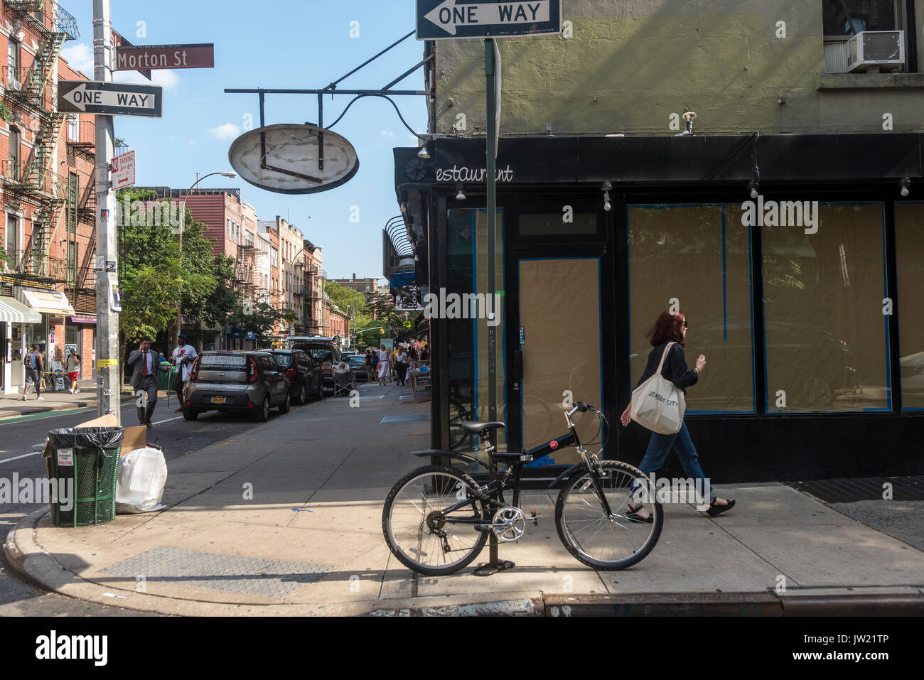 New York, NY, USA - 9 August 2017 - Two of many empty storefronts for lease on the once trendy Bleecker Street remain vacant due to high rent. ©Stacy Walsh Rosenstock/Alamy - Stock Image