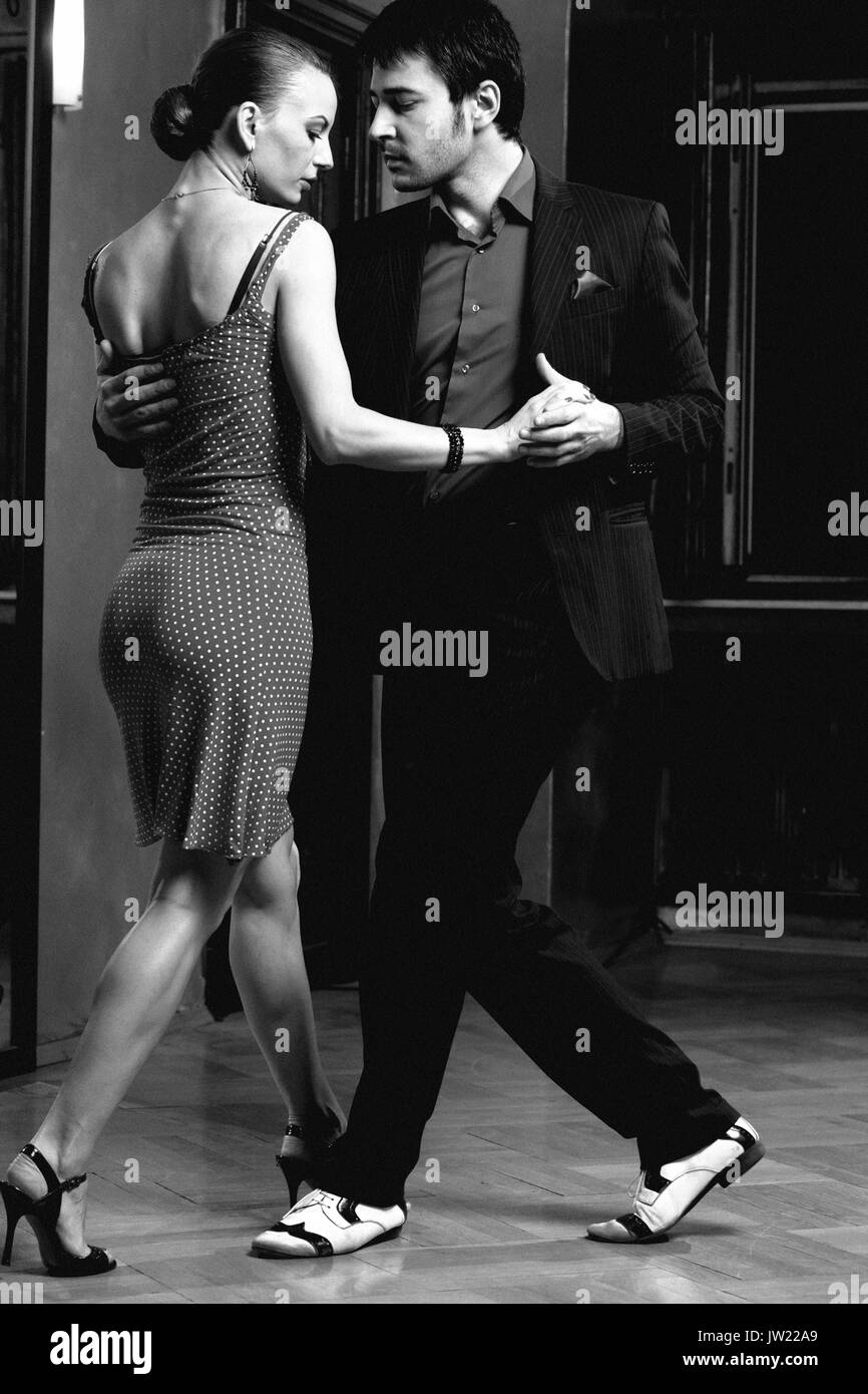 Tango Dance Black And White Stock Photos Images Alamy Steps In Addition Waltz On Diagram Beautiful Dancers Performing An Argentinian Image