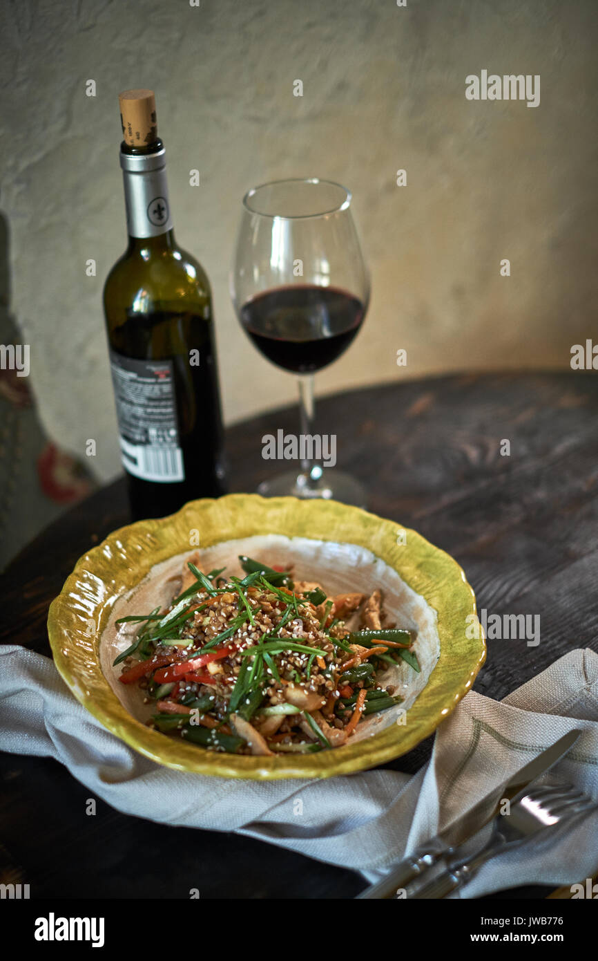 Stir-fried glass noodles with minced pork and tomato, fried vermicelli with eggs mixed with vegetable, Home made Thai food - Stock Image