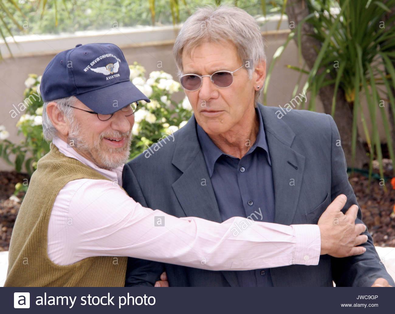 91fb2e5256bf Steven Spielberg