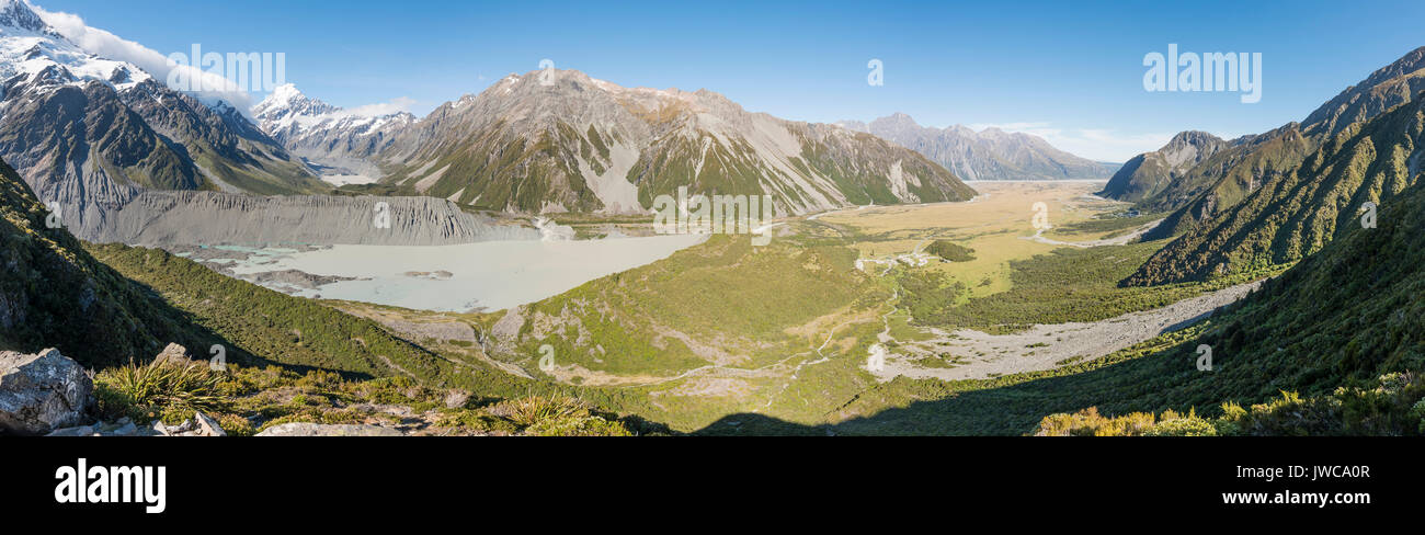 View of Glacier Lake Mueller Lake, Rear Mount Cook, Mount Cook National Park, Southern Alps, Hooker Valley, Canterbury - Stock Image