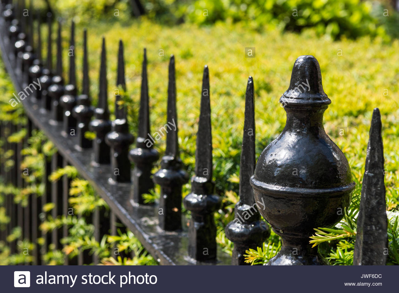 Finial Fence Iron Stock Photos & Finial Fence Iron Stock Images - Alamy