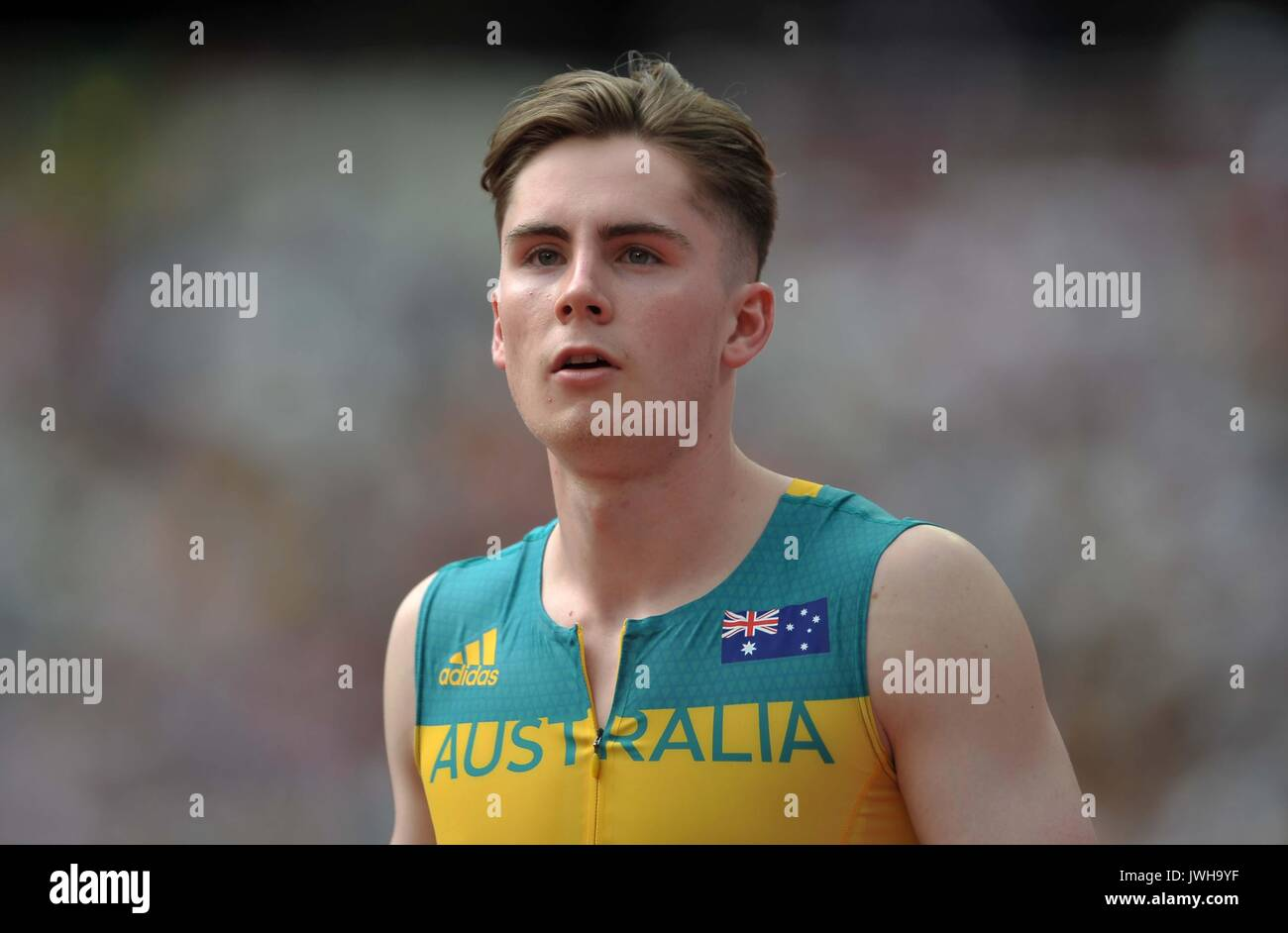 Lonodn, UK. 12 Aug, 2017. Rohan Browning (AUS) in the mens 4 x 100m relay. IAAF world athletics championships. London Olympic stadium. Queen Elizabeth Olympic park. Stratford. London. UK. 12/08/2017. Credit: Sport In Pictures/Alamy Live News - Stock Image