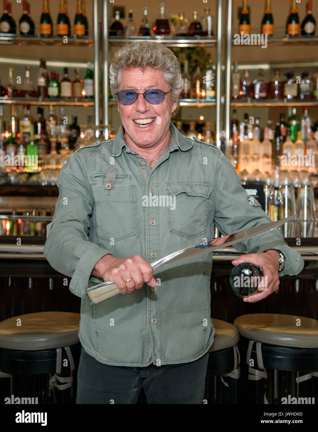 Las Vegas, NV, USA. 11th Aug, 2017. ***HOUSE COVERAGE*** Roger Daltrey of THE WHO launches his Champagne Cuvée Roger Stock Photo