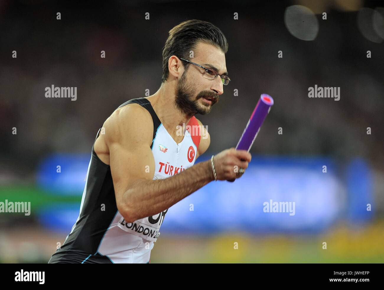 Yigitcan HEKIMOGLU (TUR) at the start of the mens 4 x 100m relay final. IAAF world athletics championships. London Olympic stadium. Queen Elizabeth Olympic park. Stratford. London. UK. 12/08/2017.  MANDATORY CREDIT Garry Bowden/SIPPA - NO UNAUTHORISED USE - +44 7837 394578 - Stock Image