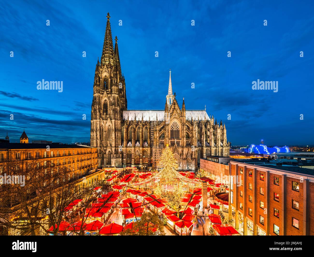 Cologne Christmas Market Stock Photos & Cologne Christmas Market ...