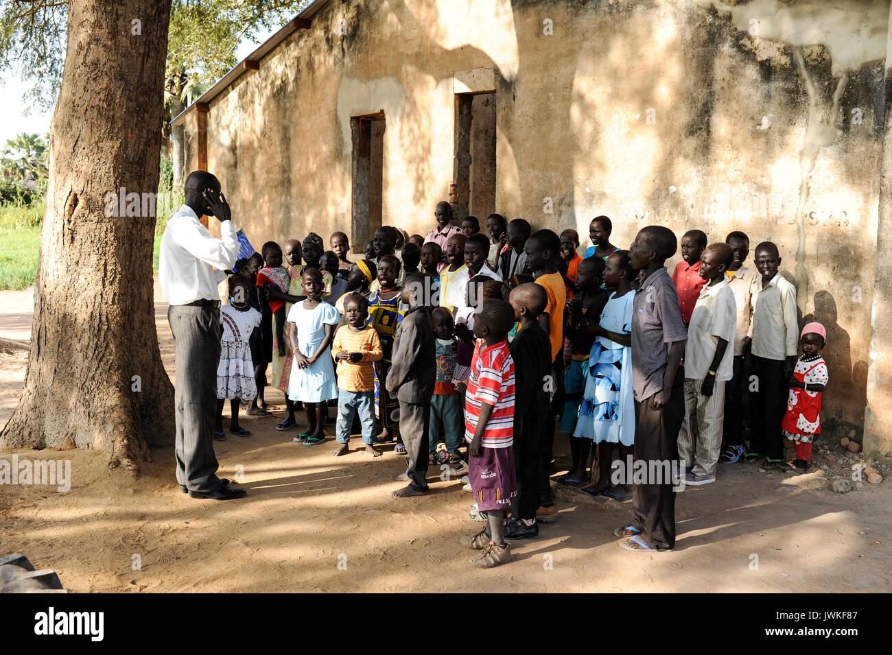 SOUTH SUDAN  Bahr al Ghazal region , Lakes State, town Rumbek, sunday mass at catholic church - Stock Image