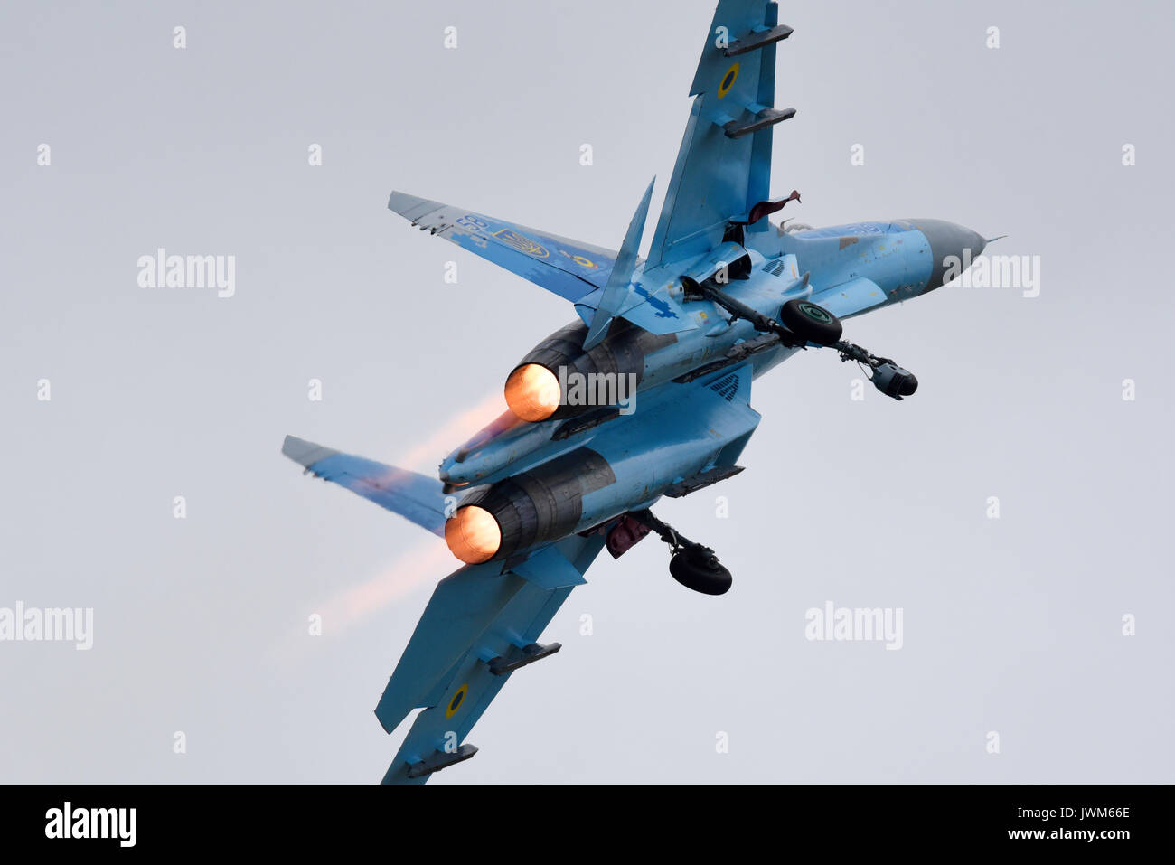 Ukrainian Air Force Sukhoi Su-27 Flanker fighter displaying at an airshow. From 831st Tactical Aviation Brigade, based at Myrhorod in central Ukraine - Stock Image