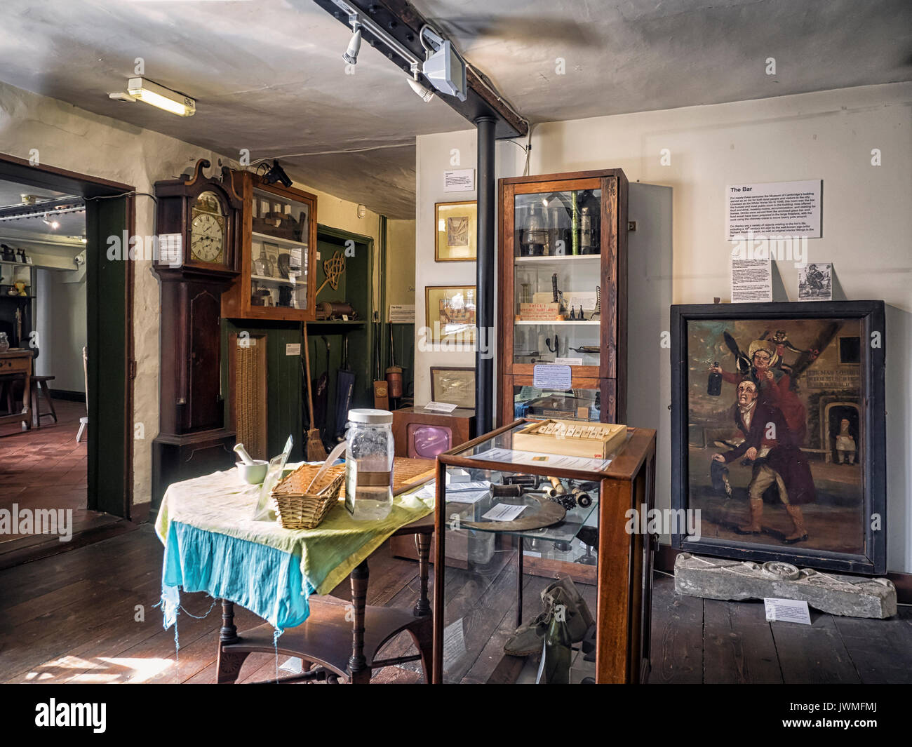 MUSEUM OF CAMBRIDGE - General view of the Snug in the Museum.  Photos taken with the approval of the the Museum. - Stock Image