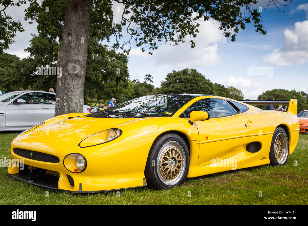 Jaguar Xj220 Stock Photos Amp Jaguar Xj220 Stock Images Alamy