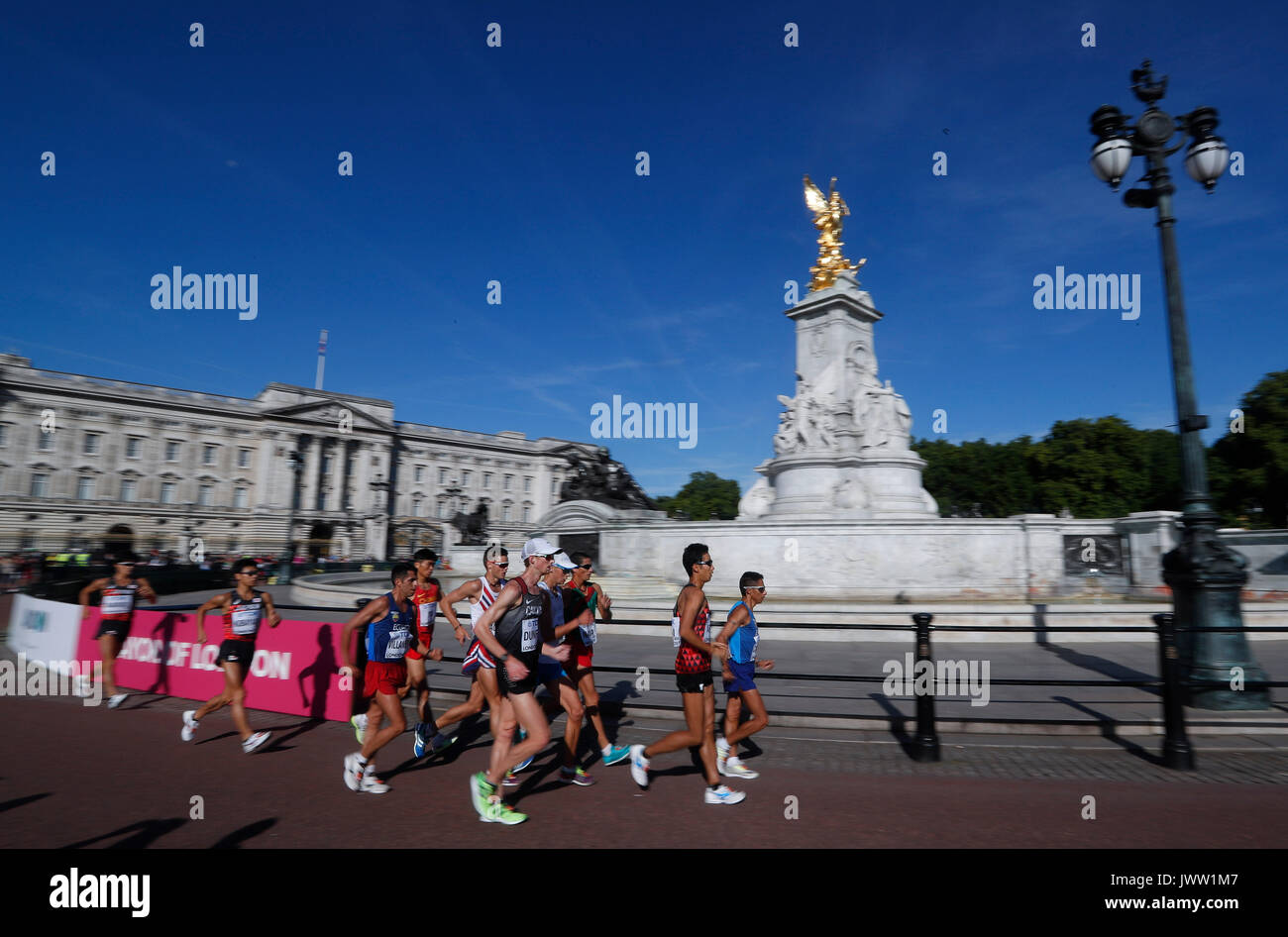 London, UK. 13th Aug, 2017. Athletes compete during the 50km race walk on Day 10 at the IAAF World Championships Stock Photo