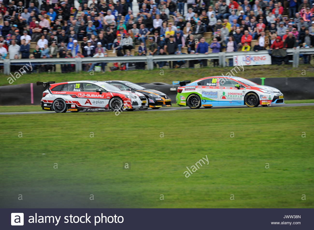 Dunfermline, UK. 13th Aug, 2017. Exiting the Hairpin during race two of the Dunlop MSA British Touring Car Championship seventh round at Knockhill Race Circuit. Credit: Roger Gaisford/Alamy Live News - Stock Image