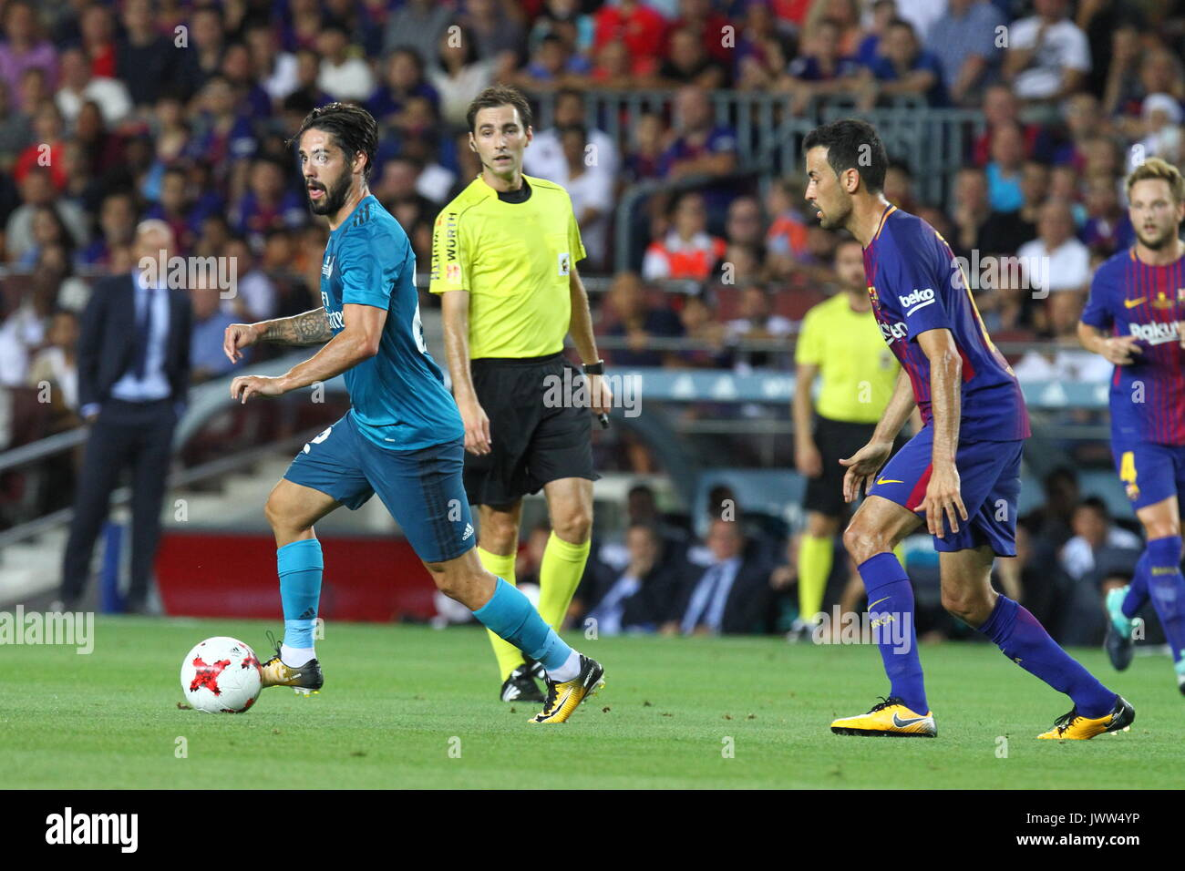 Isco in action during Supercopa de Espa–a game 1 between FC Barcelona against Real Madrid at Camp Nou - Stock Image