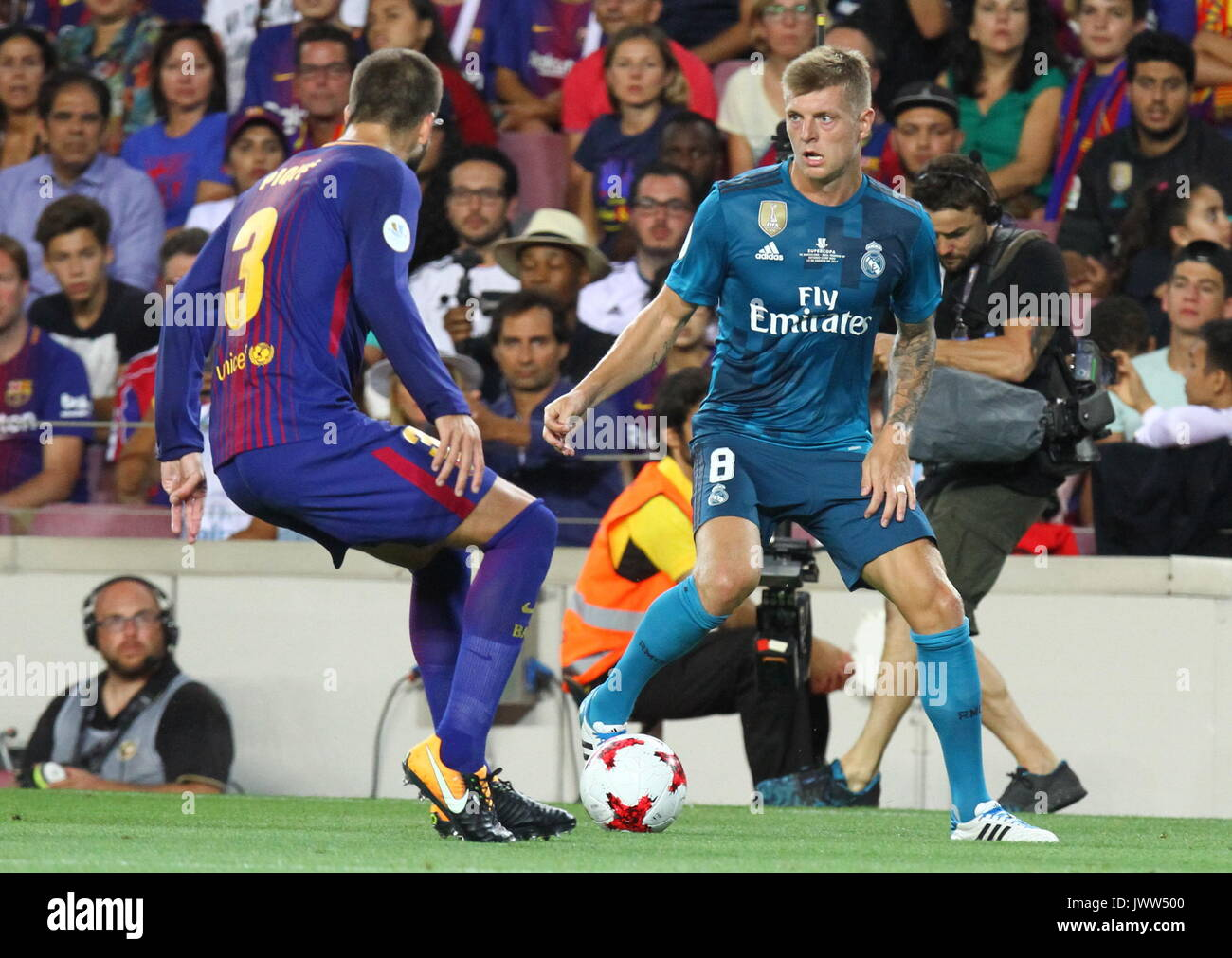 Kroos in action during Supercopa de Espa–a game 1 between FC Barcelona against Real Madrid at Camp Nou - Stock Image