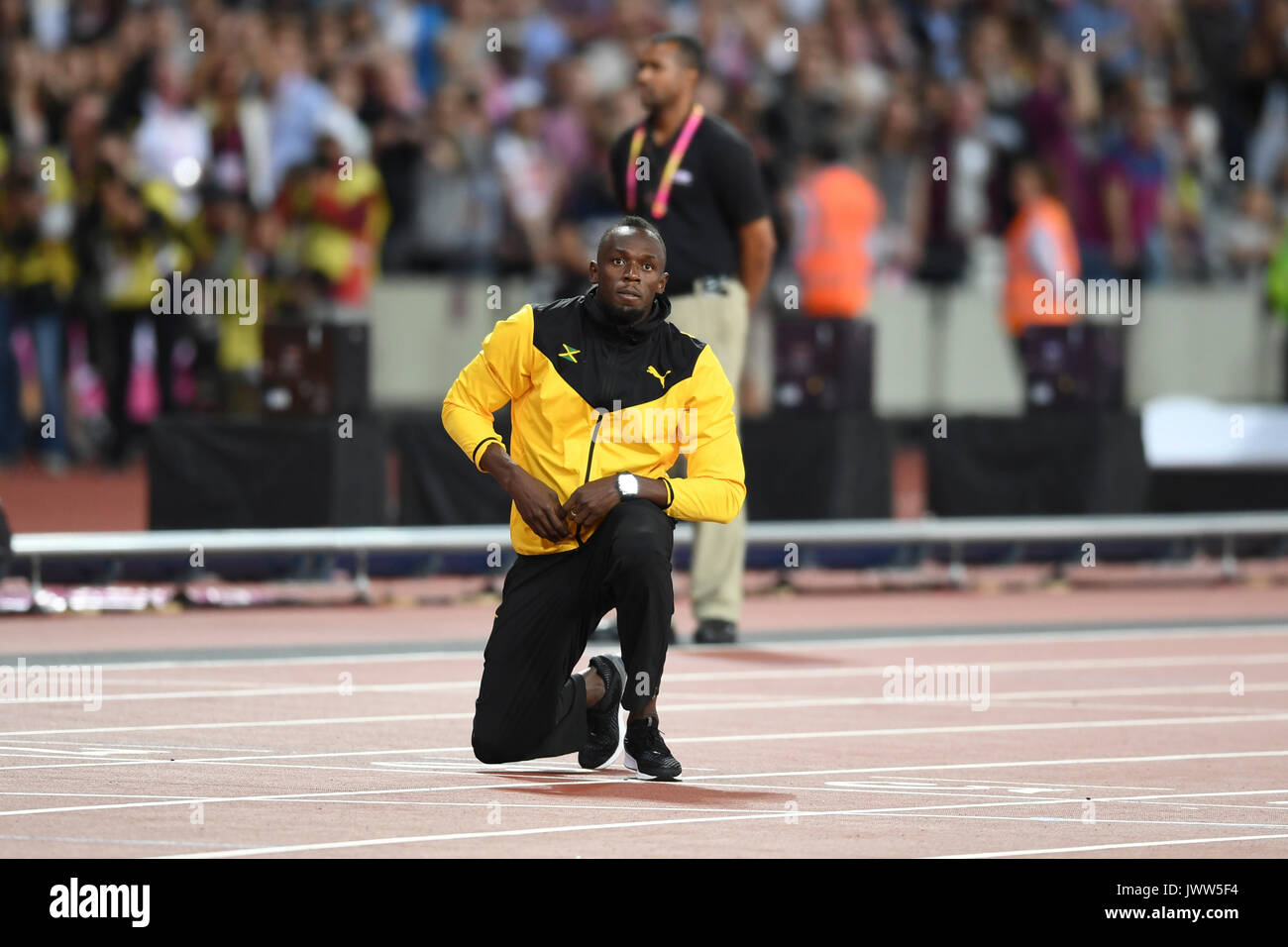 London, UK.  13 August 2017. A tearful Usain Bolt bids goodbye after ending his athletics career. Final session at the London Stadium, on day ten of The IAAF World Championships London 2017.  Credit: Stephen Chung / Alamy Live News - Stock Image