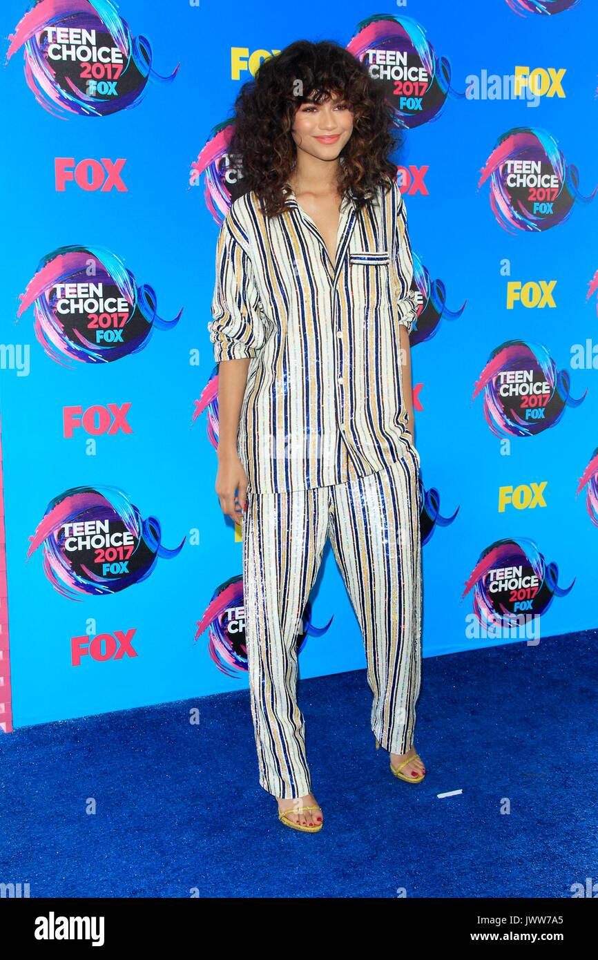 Los Angeles, California, USA. 13th Aug, 2017. Zendaya at arrivals for TEEN CHOICE Awards 2017 - Arrivals, The Galen Center, Los Angeles, CA August 13, 2017. Credit: Priscilla Grant/Everett Collection/Alamy Live News Stock Photo