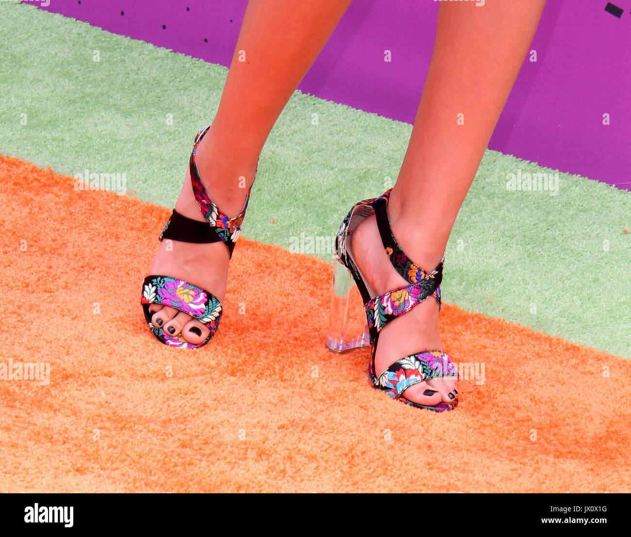 Lizzy greene füße