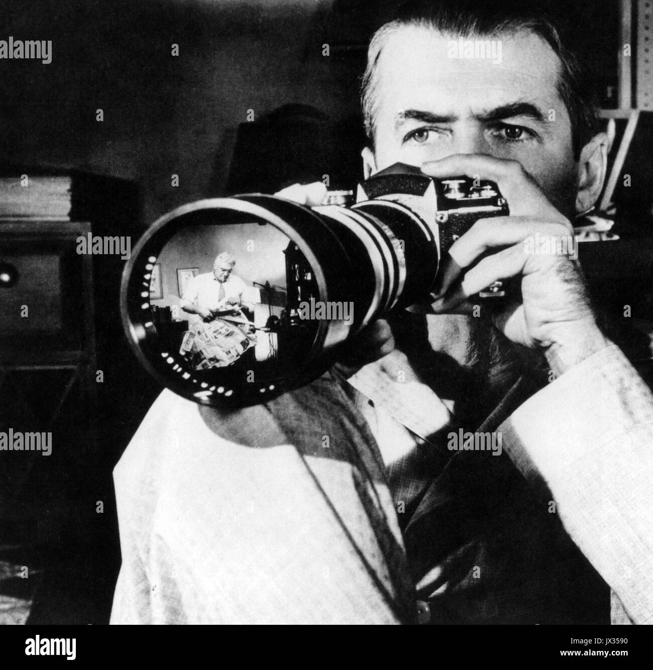 REAR WINDOW 1954 Paramount Pictures film with James Stewart - Stock Image