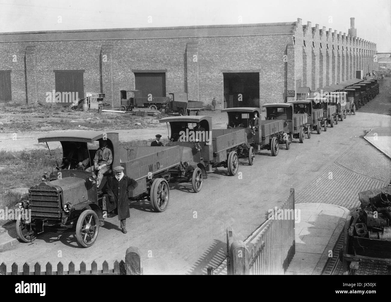 1915 Daimler B types for the War Office - Stock Image
