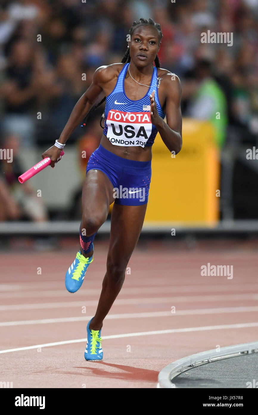 London, UK.  13 August 2017.   Shakima Wimbley (USA) runs the third leg ahead of her team winning gold in women's 4 x 400m relay. Final session at the London Stadium, on day ten of The IAAF World Championships London 2017.  Credit: Stephen Chung / Alamy Live News - Stock Image