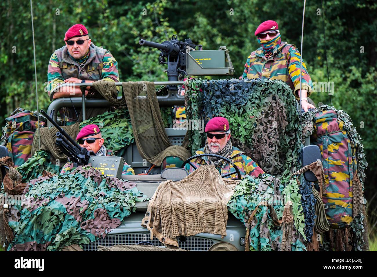 Belgian Paracommandos Of The Para Commando Regiment
