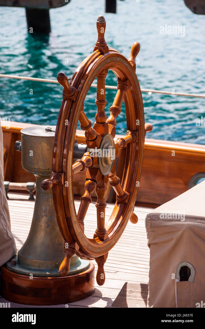 Ships Wheel Stock Photos Amp Ships Wheel Stock Images Alamy