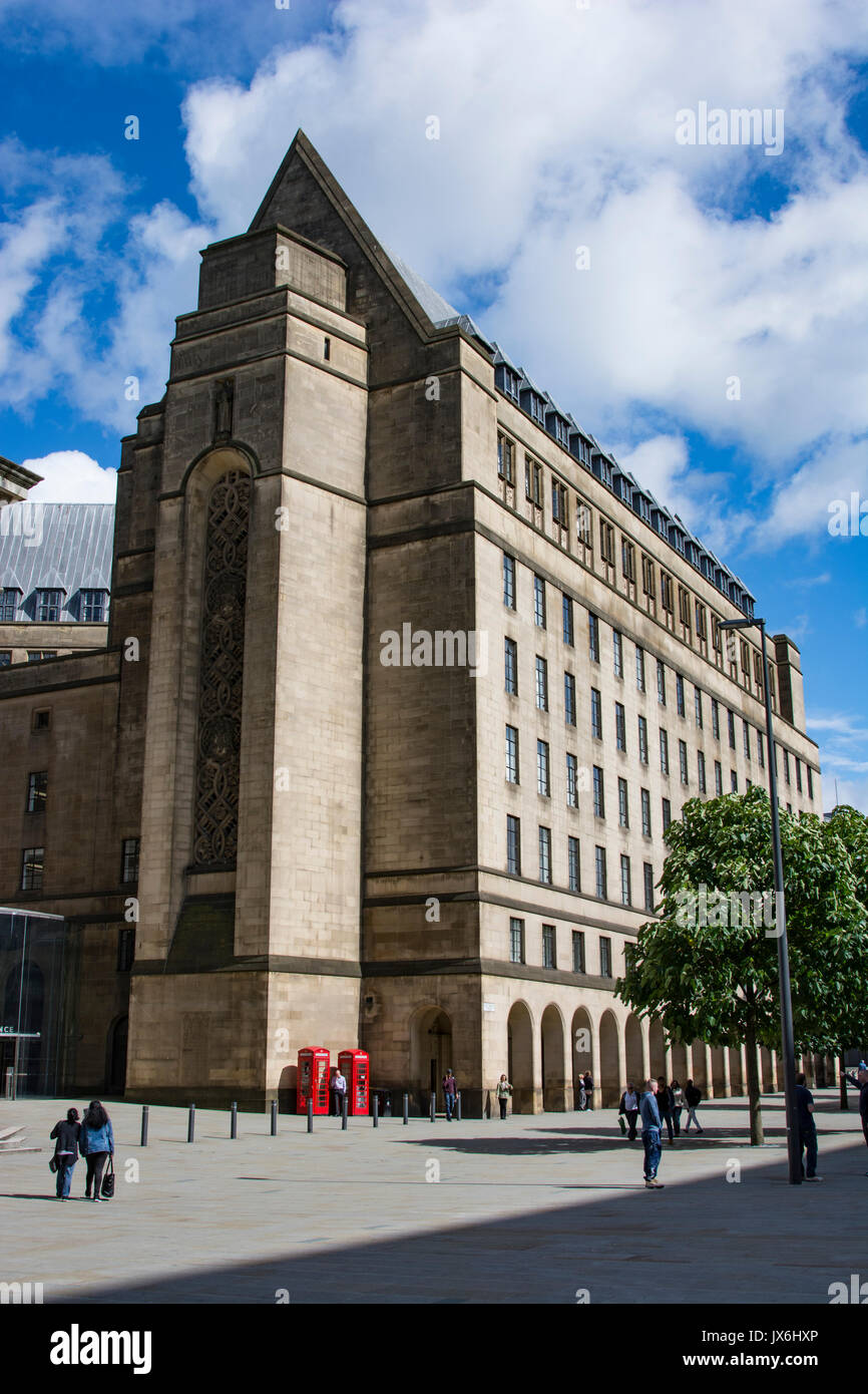 Manchester Town Hall Extension in St. Peters Square, Manchester city centre. Built between 1934 and 1938 to accommodate local government services. - Stock Image