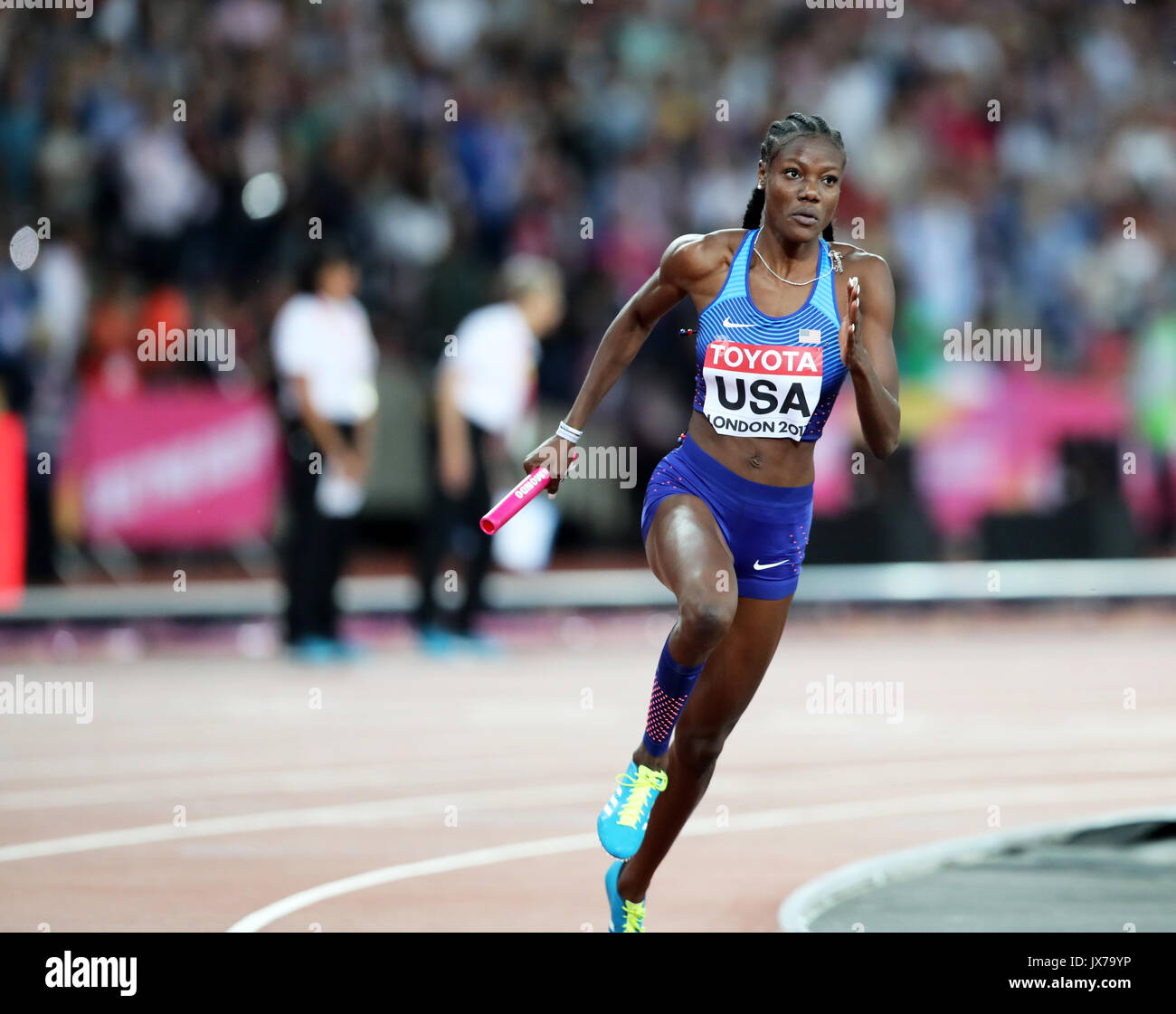 Shakima WIMBLEY (USA) running the third leg for in the Women's 4 x 400m Final at the 2017 IAAF World Championships, Queen Elizabeth Olympic Park, Stratford, London, UK. - Stock Image