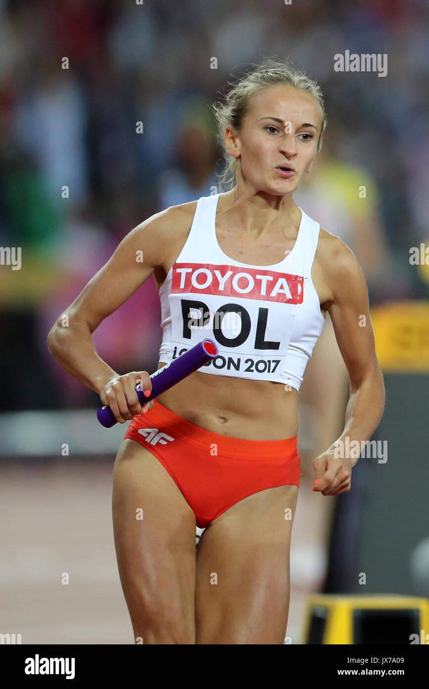 Aleksandra GAWORSKA (Poland) running the third leg in the Women's 4 x 400m Final at the 2017 IAAF World Championships, Queen Elizabeth Olympic Park, Stratford, London, UK. - Stock Image