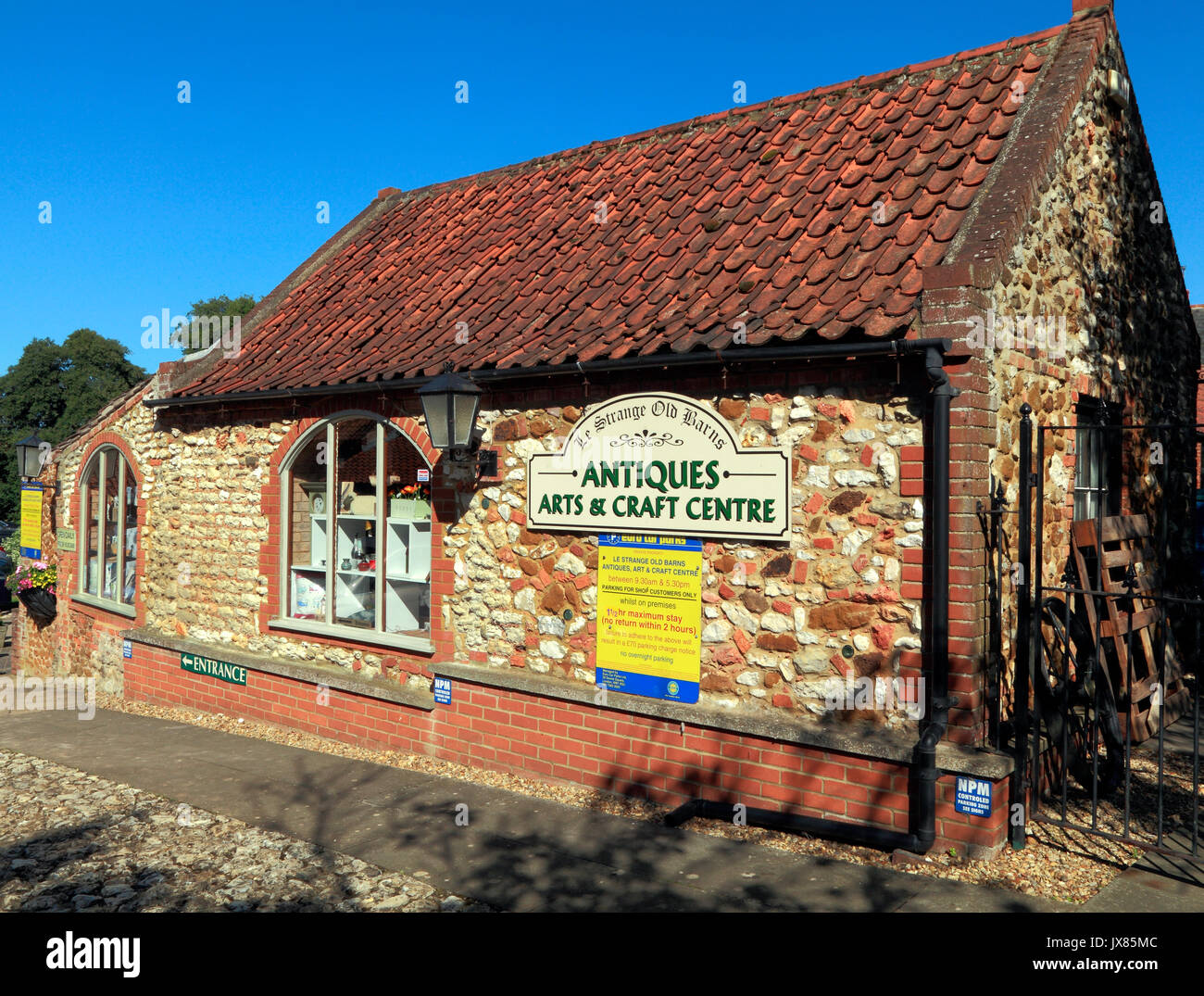 Le Strange Old Barns, Antiques, Arts & Crafts Centre,  shop, shopping, Old Hunstanton, Norfolk, England, UK - Stock Image