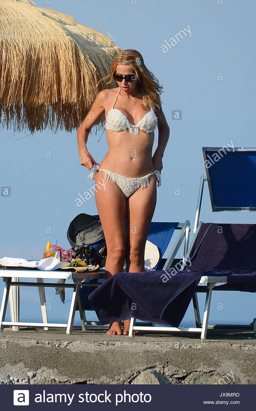 Cleavage Valeria Marini nude photos 2019