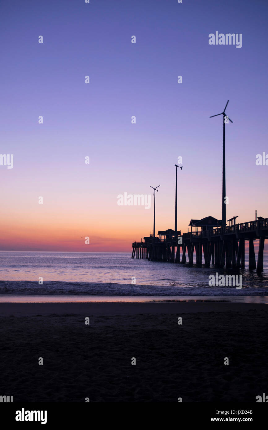 Early morning light at Jeanette's Pier, Nags Head, NC - Stock Image