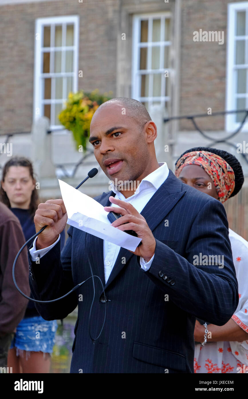 Bristol, UK. 15th August, 2017. The Mayor of Bristol, Marvin Rees, speaks at a vigil to mark the death of Heather Stock Photo