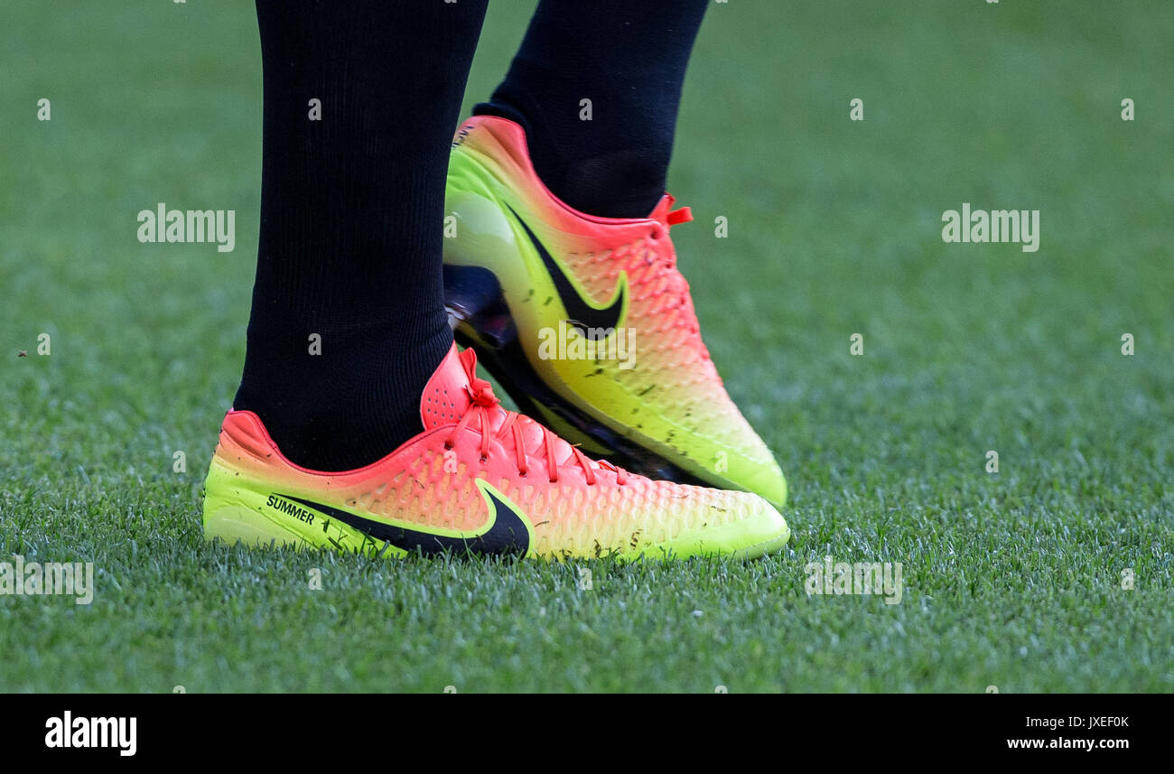 31d62afff Nike Football Boots Stock Photos   Nike Football Boots Stock Images ...