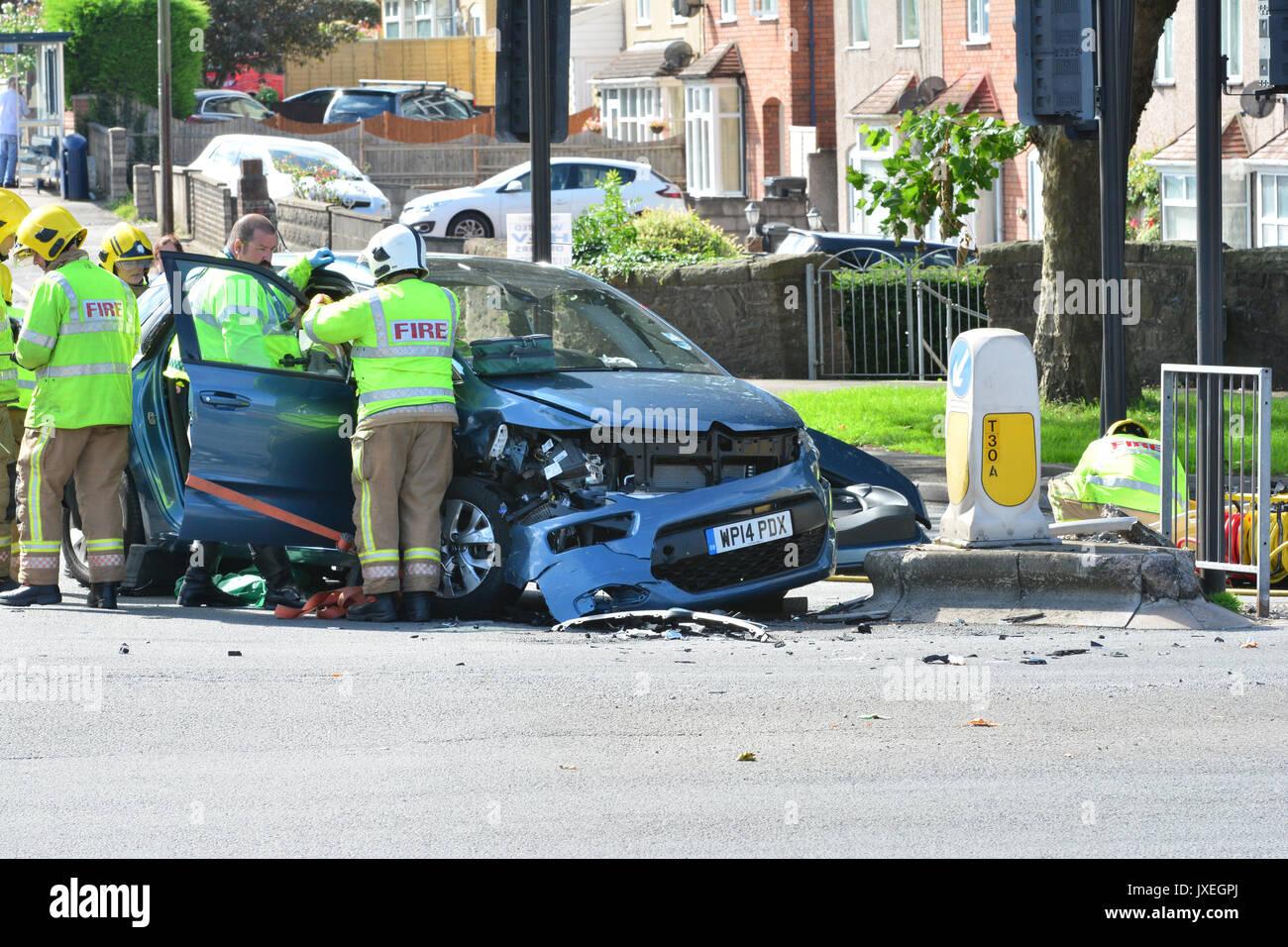 bristol, uk. 16th august, 2017. 2 car crash closes a37 airport road