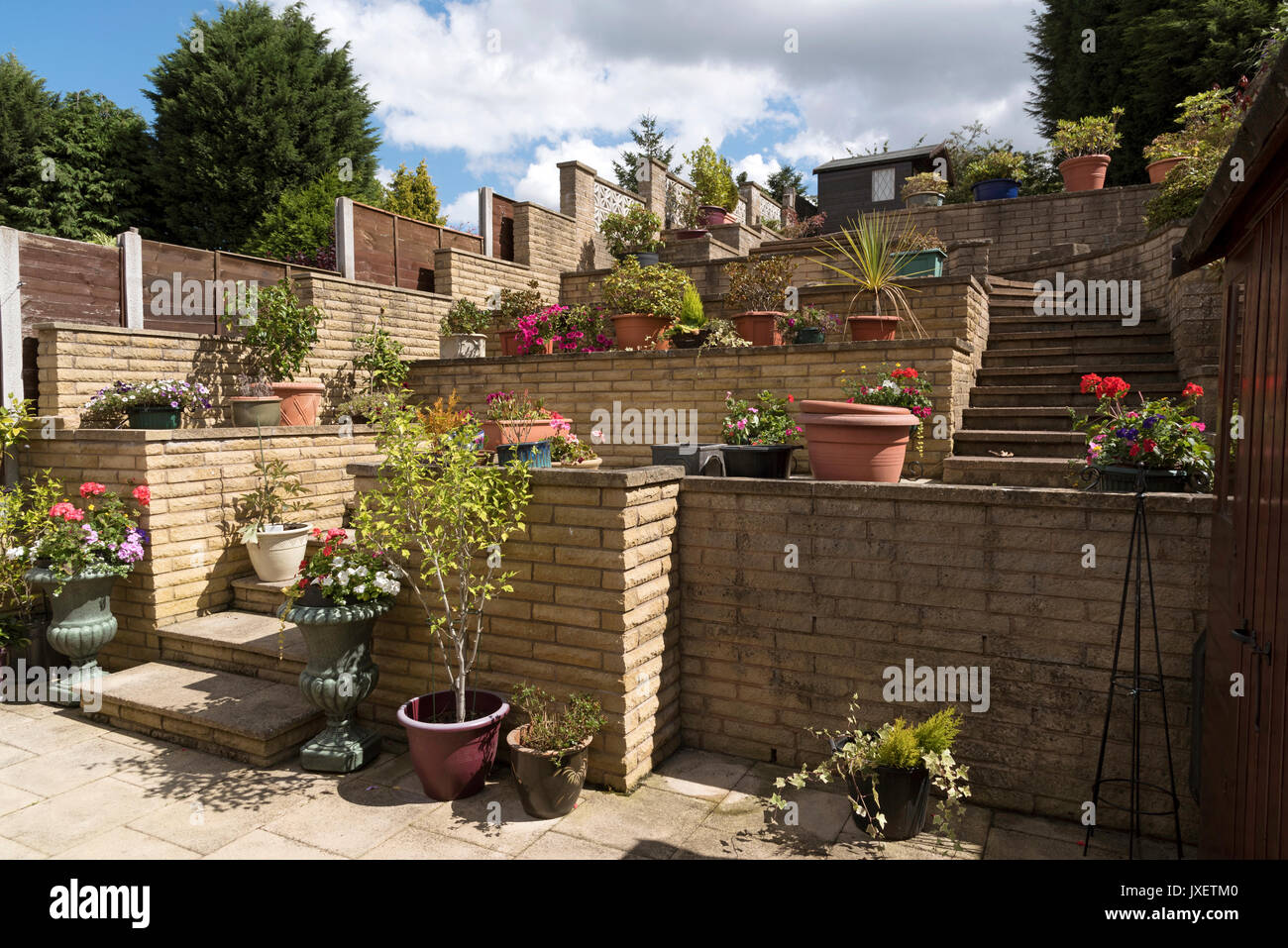Suburban Garden Stock Photos & Suburban Garden Stock Images - Alamy