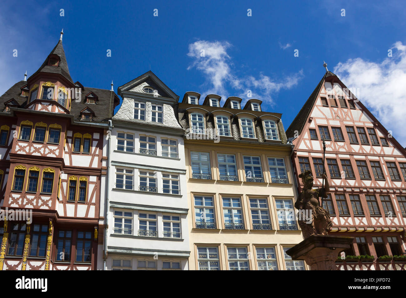 The old town with the Justitia statue in Frankfurt - Stock Image