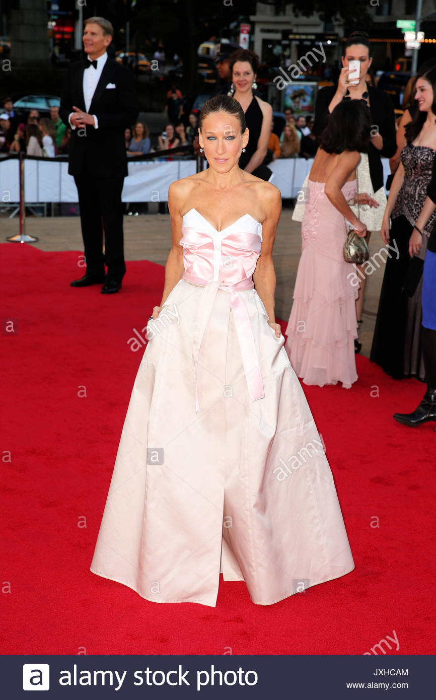 Sarah Jessica Parker. Actress Sarah Jessica Parker, wearing an Stock ...