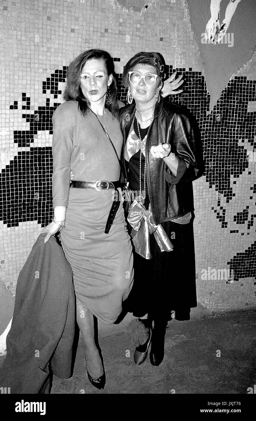 British actress Su Pollard with transvestite friend at the Limelight club in London 80s - Stock Image