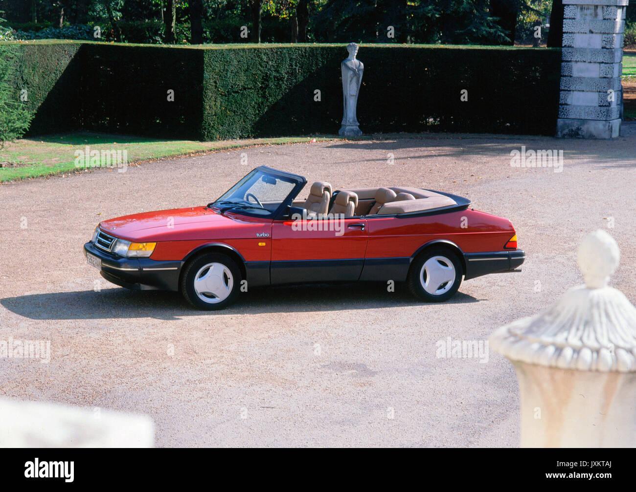 1989 Saab 900 turbo convertible - Stock Image
