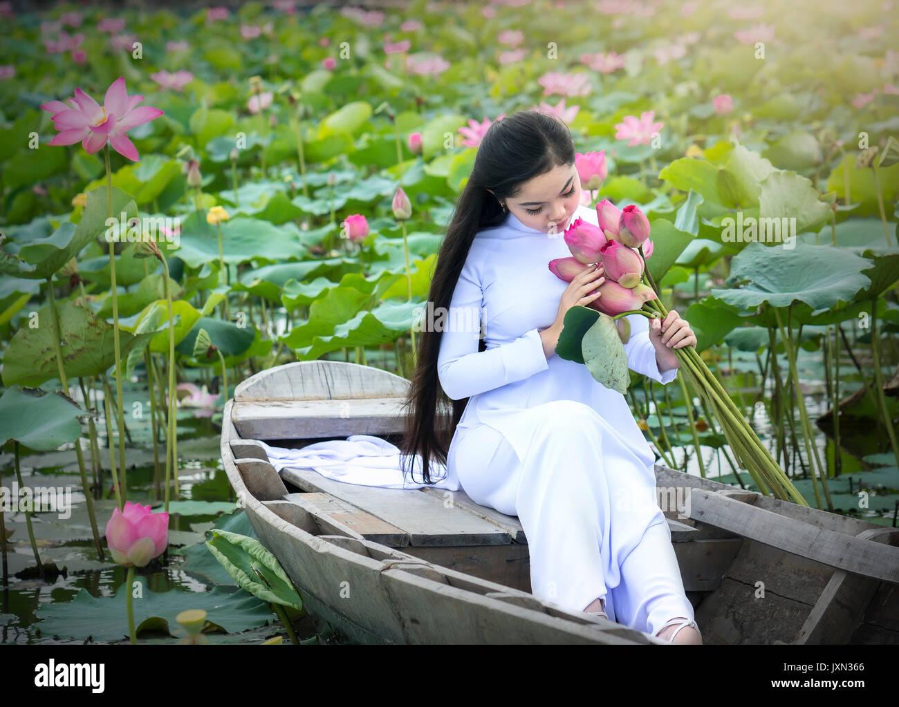 Vietnamese Lotus Stock Photos Vietnamese Lotus Stock Images Alamy