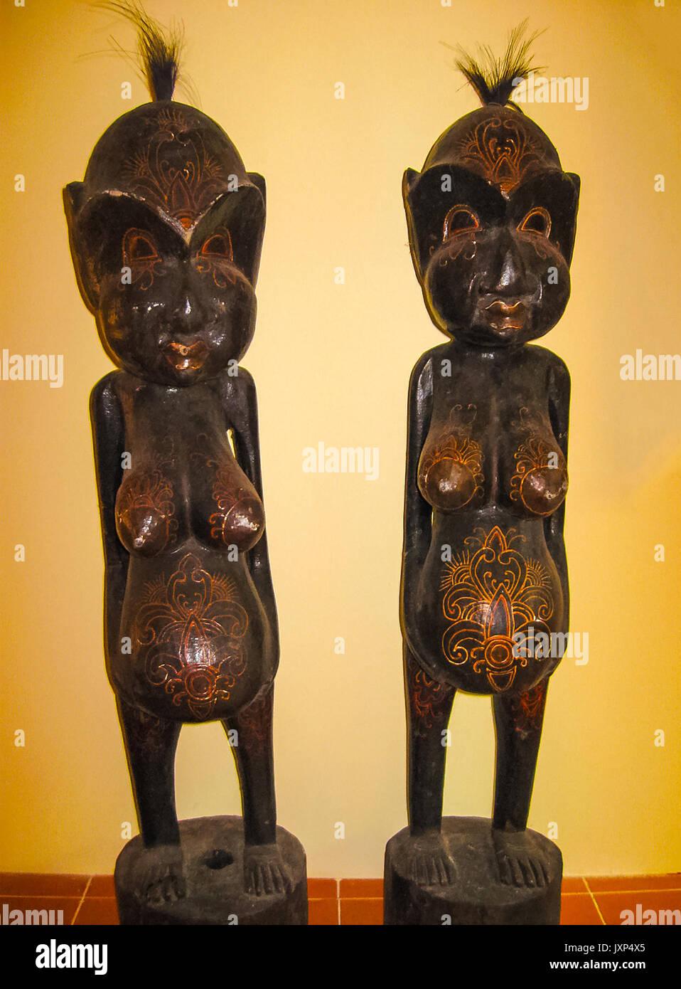 Wooden Figures Bali Indonesia Stock Photos & Wooden Figures Bali ...