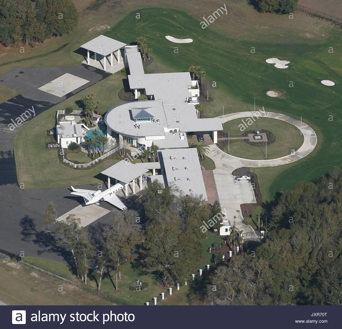 John Travoltau0027s Home. John Travoltau0027s Home In Florida Called U0027 Jumbolairu0027  In Ocala .