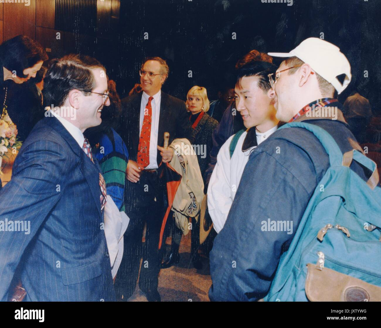 William Ralph Brody, Chatting with students after the announcement of Brody as president-elect, 1996. - Stock Image