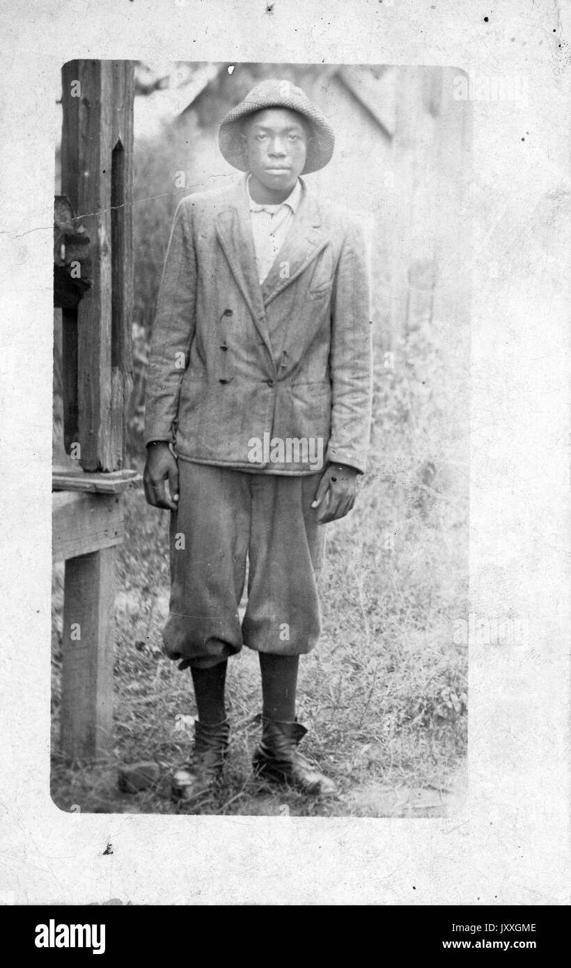 Full length standing portrait of young African American man a2b6508c929d