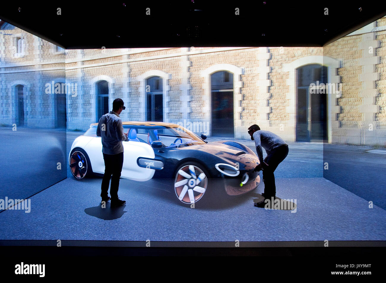 Valenciennes (northern France): Digital Greenhouse in Valenciennes, centre dedicated to digital and creative sectors. Virtual reality room, augmented  - Stock Image