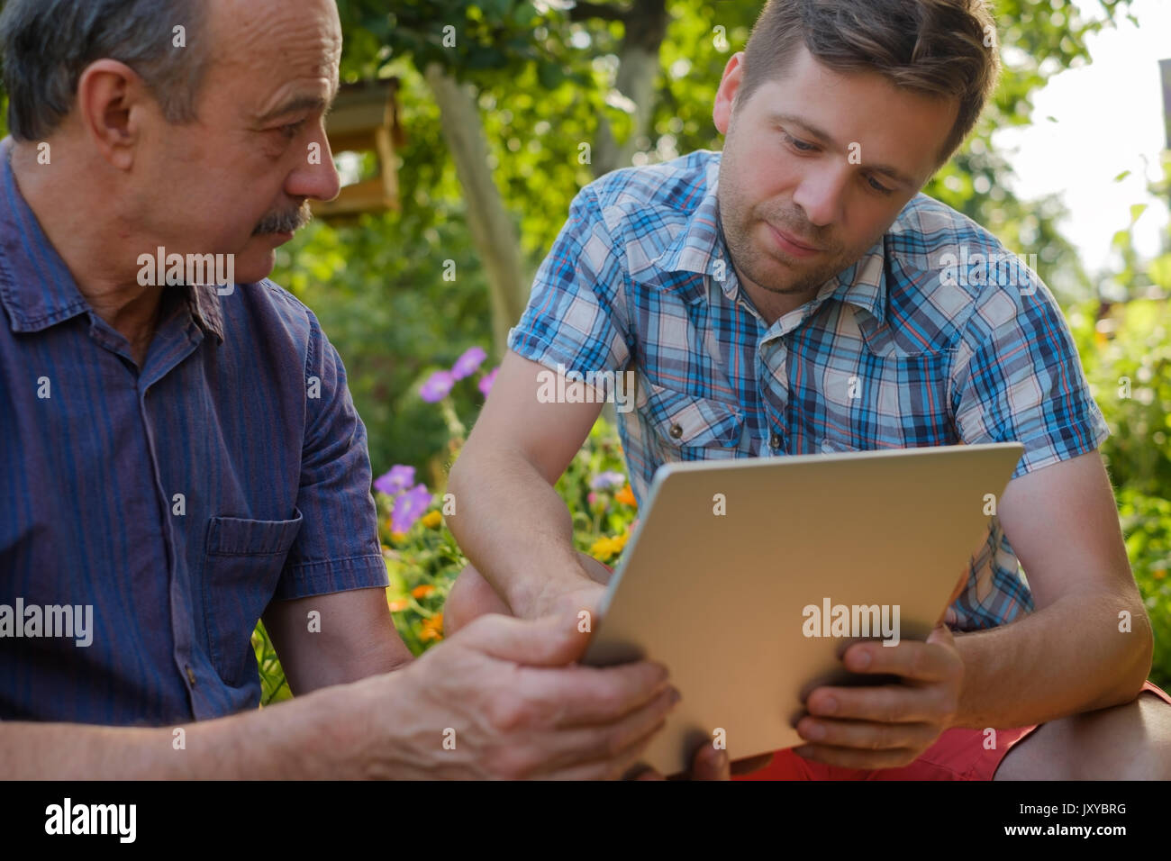 Man Searching For Something Stock Photos & Man Searching