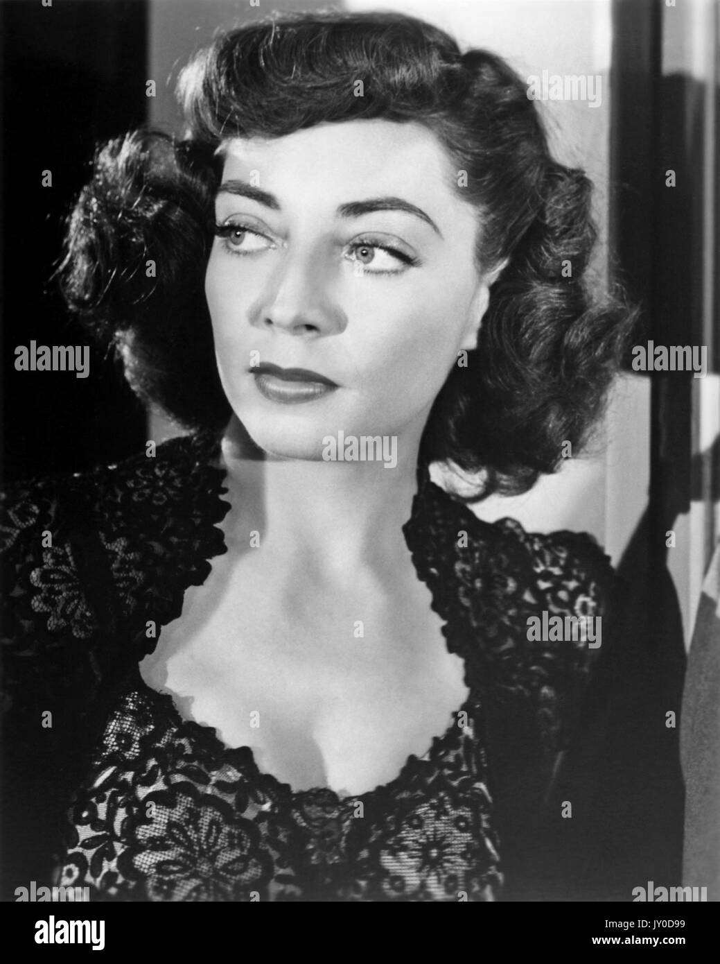 THE NARROW MARGIN 1952 RKO film with Marie Windsor directed by Robert Fleischer - Stock Image