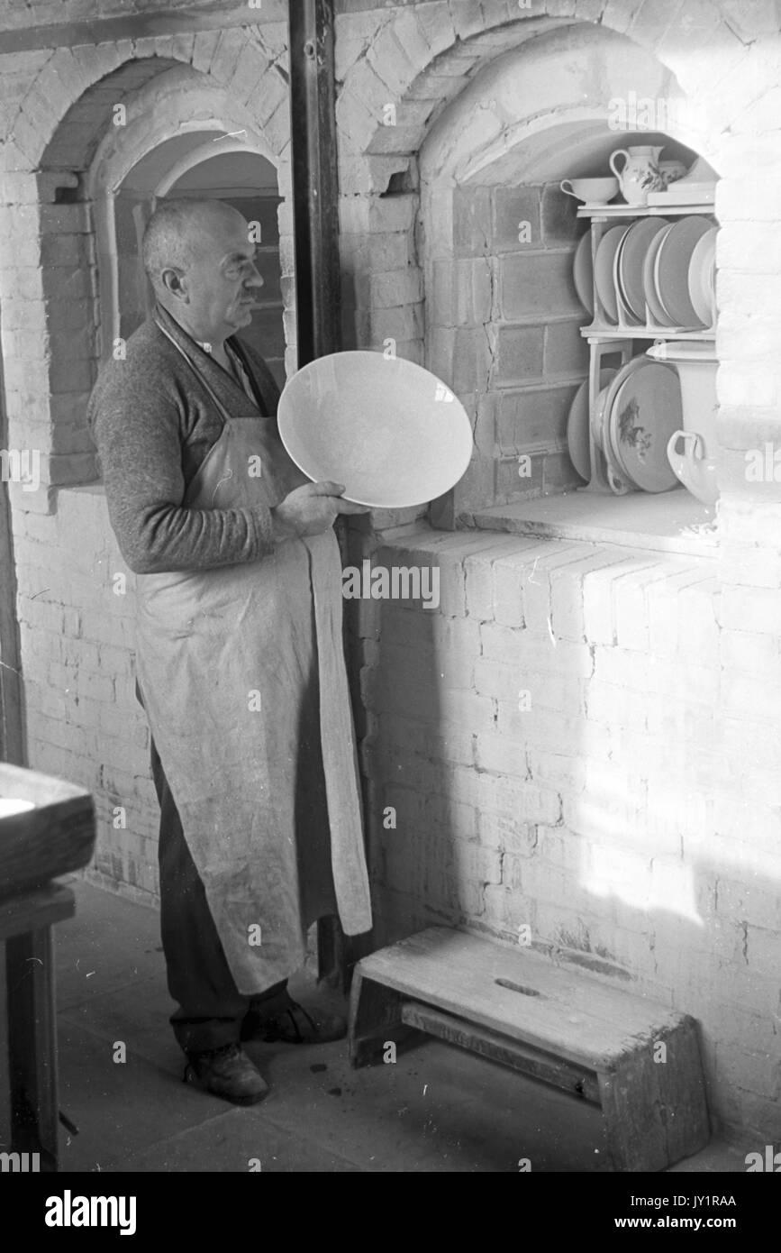 Pottery Kiln Black And White Stock Photos Amp Images Alamy