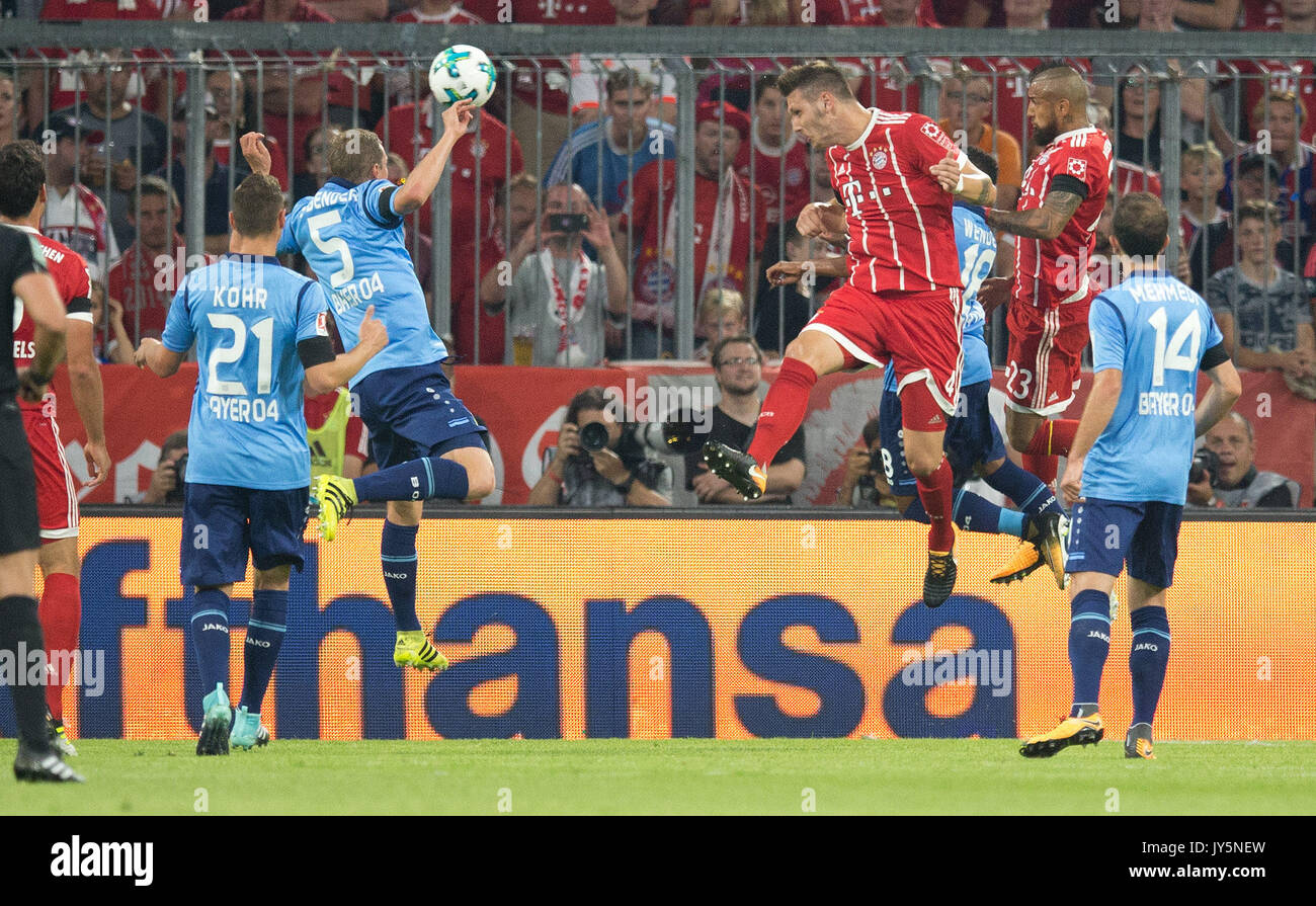 Deutschland. 18th Aug, 2017. Tor zum 1-0 durch Torschuetze Niklas SUELE (FC Bayern) (2vr) per Kopfball GES/ Fussball/ 1. Bundesliga: FC Bayern Munich - Bayer 04 Leverkusen, 18.08.2017 -- Football/ Soccer 1st. German Bundesliga Division: Bavaria Munich vs Bayer 04 Leverkusen, Munich, August 18, 2017 | Verwendung weltweit Credit: dpa/Alamy Live News - Stock Image